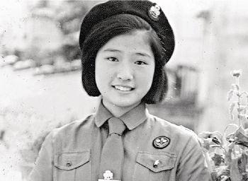 黃淑儀Gigi姐來港升學後,最不慣要讀英文,所以成績不算好,但當時是活躍份子